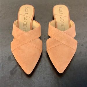 New with box!!! Sole society 'roselda' mule